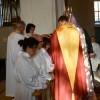 Förbön inför prästvigningen.
