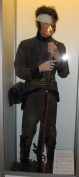 25 IMG_5213 Uniform m_1807 Sårad soldat tillbaka till trossen efter slaget vid Sävar i Västerbotten den 19 augusti år 1809