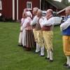 Folkdansarna beredda