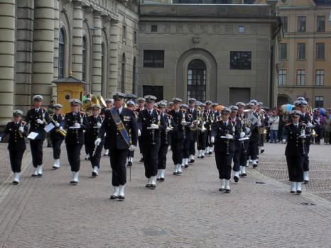 4 IMG_0842 Stockholms slott vaktavlösning med musik av Hemvärnets musikkår