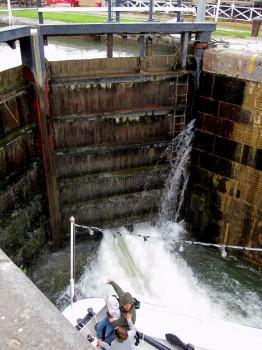 2 IMG_0786 Bergs slussar, Göta kanal, Ljungsbro och vattnets lyftkraft, Cloetta nästa!