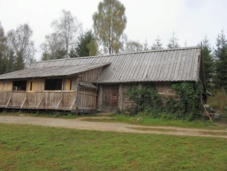 15 IMG_1131 Medeltidsbyn i Basseberg