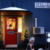 Jul-Ljus lyser upp i skymningen
