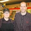 Madelene Robertsson och Johan Forsander driver Ica Nära Lagahallen i Skillingaryd
