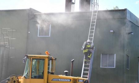 Brandmän i arbete. Foto: Kåre Boberg