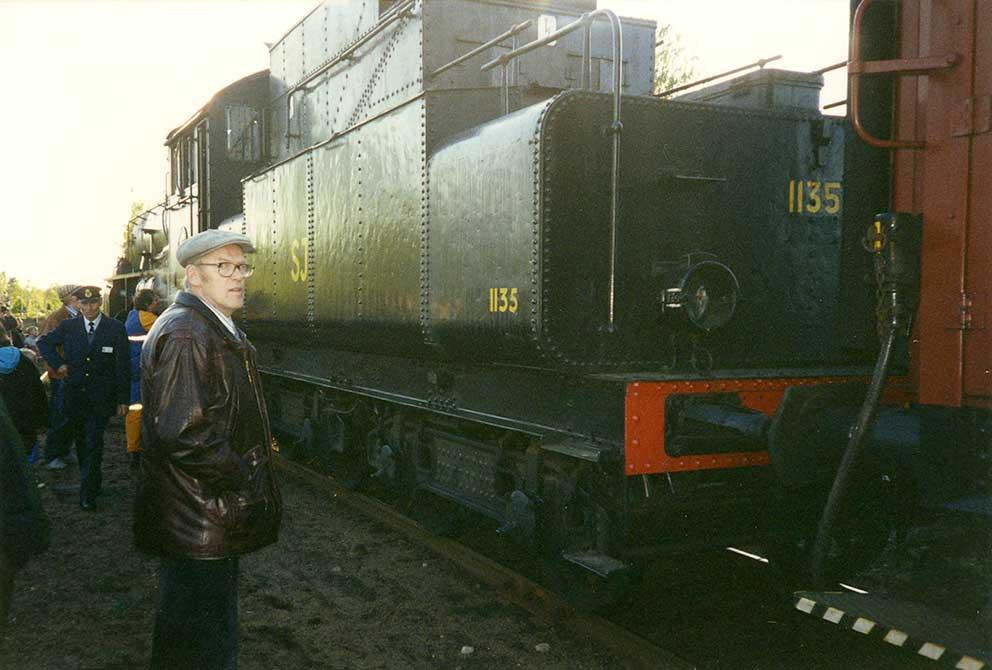 kurt-gustavsson-1995-stationen-tag-sj1135-pinebo