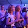 Publiken stod nära scenen.